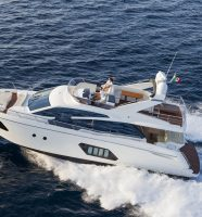 Location du yacht Absolut 60 Fly dans le Golfe de Saint-Tropez