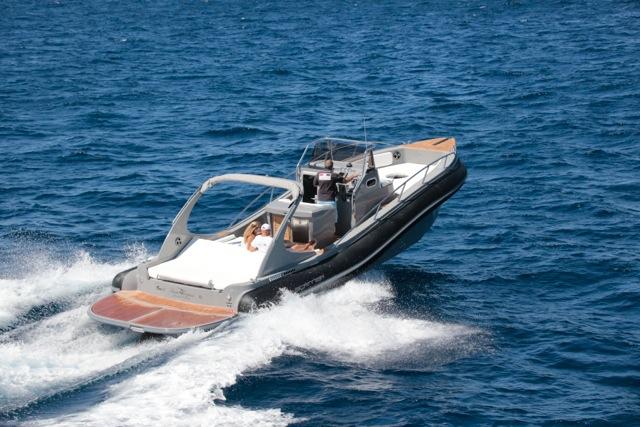 location bateau luxueux st tropez
